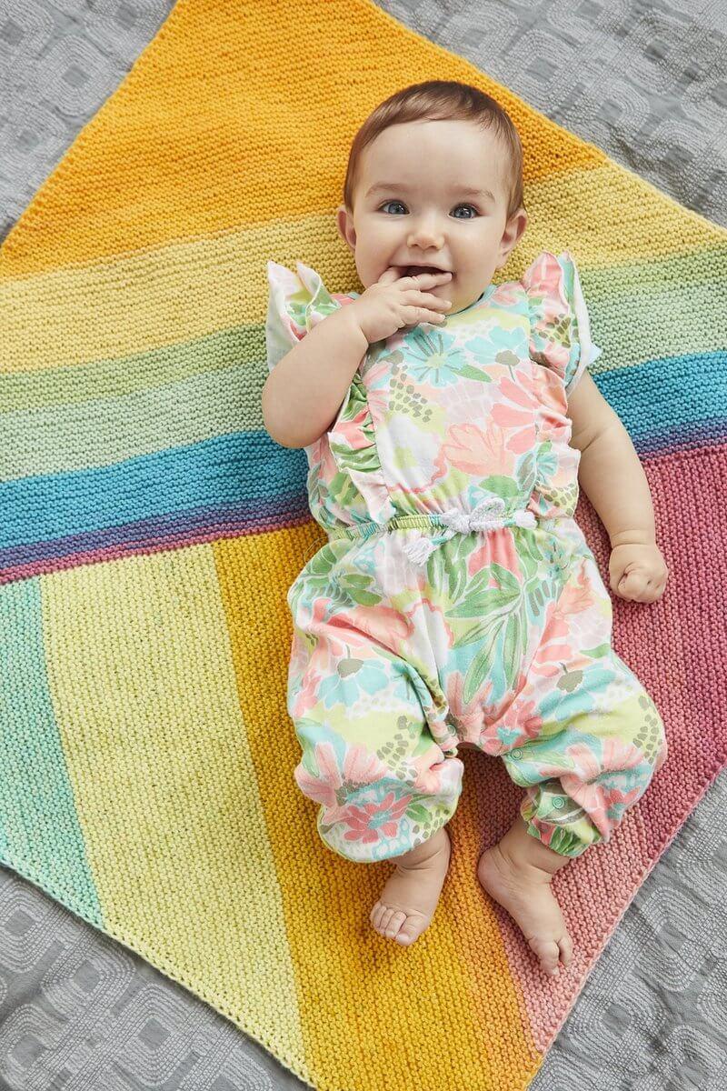 Sugar rush baby blanket from Lionbrand Yarn